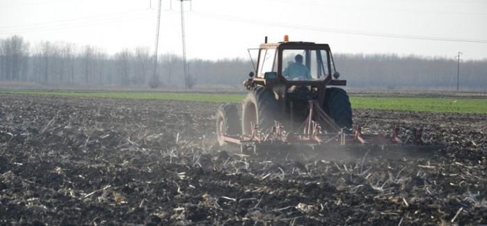 Obaveštenje o prodaji regresiranog goriva za jesenje radove u poljoprivredi u 2013. godini